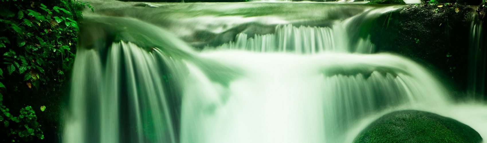 waterfall-1309204_1920